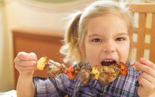 Ребенок не ест мясо: почему так происходит и чем заменить продукт, советы и рекомендации родителям