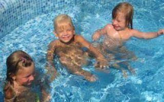 Чем полезно закаливание детей и как его правильно проводить в разном возрасте?