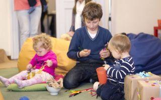 Как ходить в гости с ребенком: список необходимого и правила поведения родителей