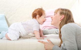 Развитие речи у ребенка до года: стадии формирования и примеры занятий
