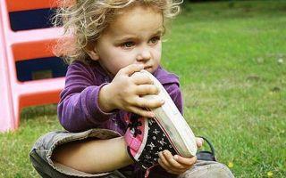 Как выбрать детскую обувь: практических советы и необходимые характеристики