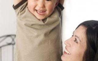 Правильная походка у ребенка: как узнать, нужно ли вмешательство специалиста?