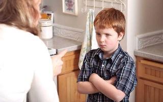 Ребенок обиделся и считает, что вы его обманули: что делать и как погасить конфликт правильно?