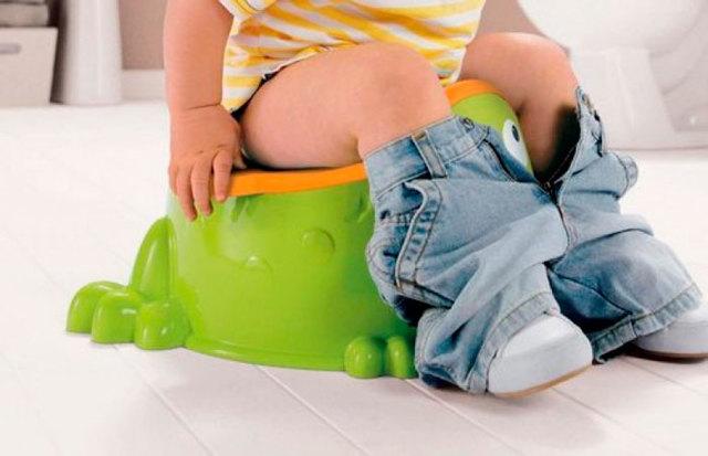 Зелёный понос у ребёнка: причины, возможные заболевания, лечение