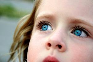 Халязион у ребенка: лечение халязиона верхнего или нижнего века по методу Комаровского