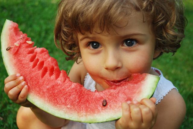 Питание ребенка в жаркую погоду