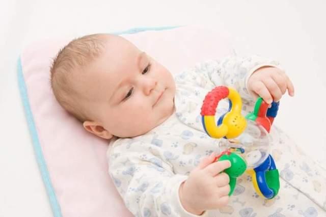 Игрушки для развития мелкой моторики: для каждого возраста своя игрушка