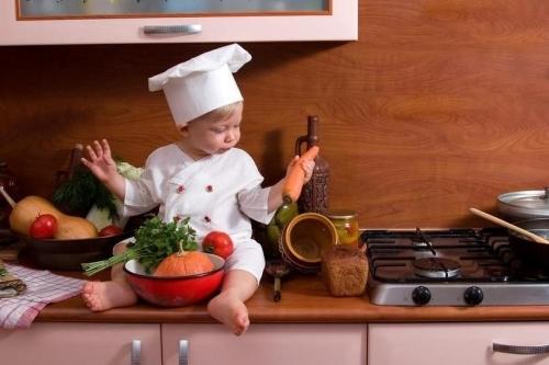 Учимся готовить овощной суп для ребенка