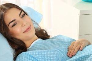 Роды при тазовом предлежании: нужно ли кесарево сечение