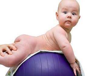Пониженный тонус мышц у ребенка: как определить
