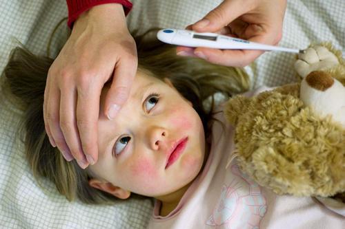 Ротавирусная инфекция у детей: симптомы, лечение, особенности питания, профилактика