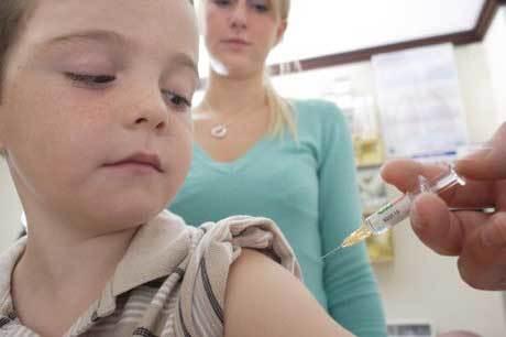 Какие делать прививки ребенку