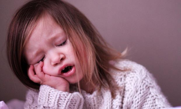 Дифтерия у детей: симптомы и признаки, лечение, возможные осложнения