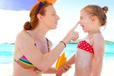 Лучший солнцезащитный крем для детей каким брендам можно доверять