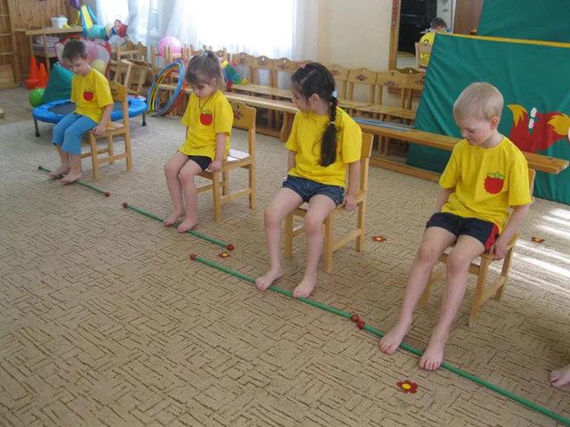 Вальгусное плоскостопие у детей: лечение и как исправить стопу?
