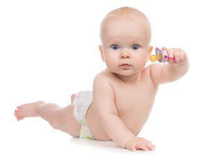 Давать ли ребенку соску?
