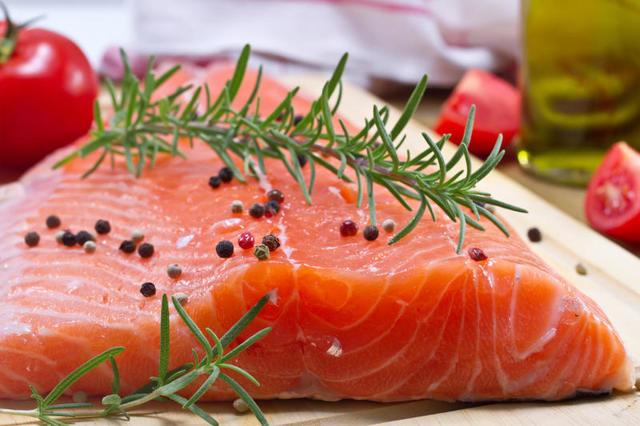 Чем полезна рыба во время беременности
