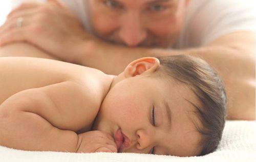 Грудной ребенок иногда плохо спит описание распространенных причин