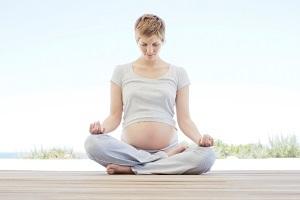 Можно ли беременным заниматься йогой?
