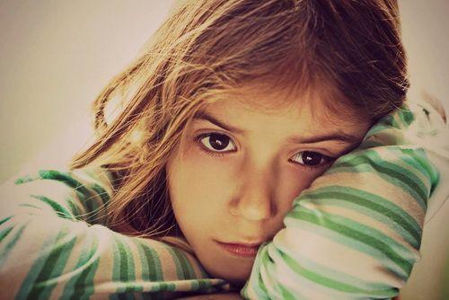 Ребёнок очень нервный и возбудимый: где искать причины, как успокоить и что делать
