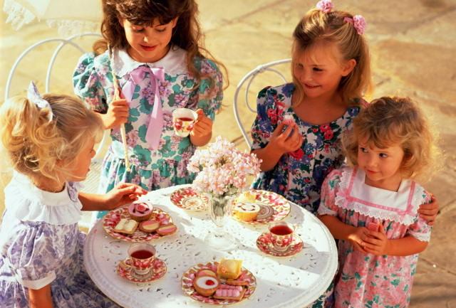 Сценарий Дня рождения девочки или мальчика 7 лет: идеи конкурсов для дома