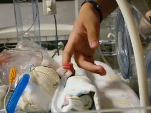 Преждевременные роды: причины, симптомы и признаки, профилактика