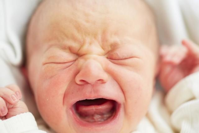 Стафилококк у новорождённых: причины, симптомы, анализы, лечение