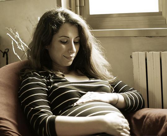 Как лечить молочницу во время беременности