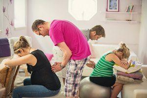 Стоит ли посещать курсы для будущих родителей