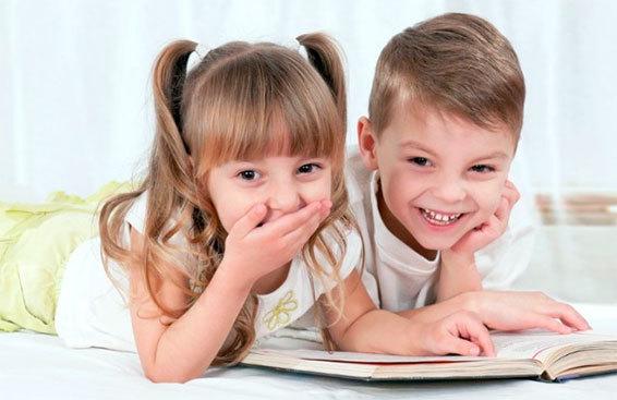 Ребёнок дерётся с родителями, в садике, школе: почему и что делать