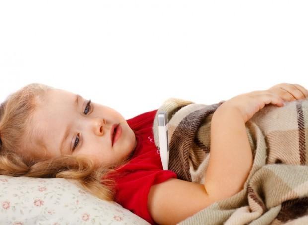 Помощь при переедании у детей