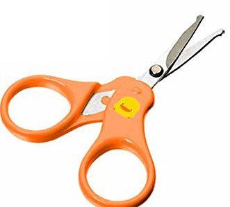 Учимся правильно подстригать ногти ребенку