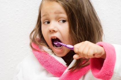 Вирусный стоматит у детей: причины, симптомы, лечение