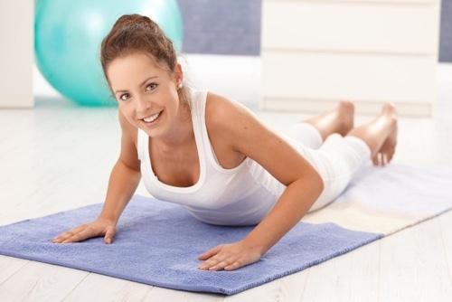 Спорт после кесарева сечения: комплексы упражнений для живота, пресса и спины