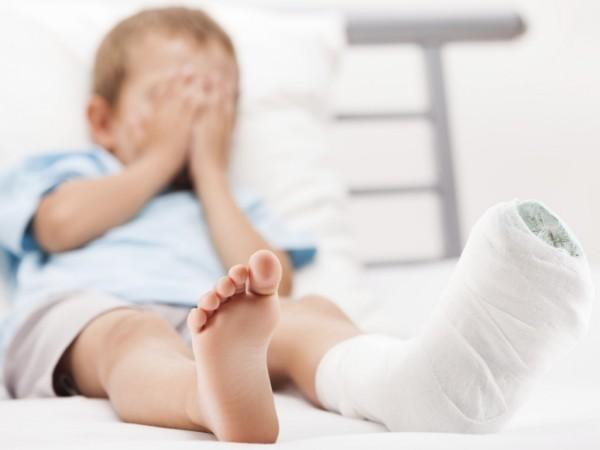 Остеопороз у детей: понятие и характеристика заболевания, основные симптомы, способы лечения и профилактики болезни, методы диагностики