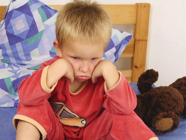 Редкое мочеиспускание у детей: причины, симптомы, лечение