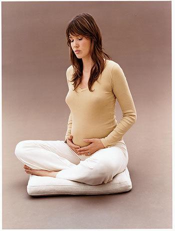 Занятия йогой для беременных: польза, которую трудно переоценить