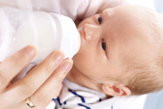 Срыгивание у новорожденных норма и отклонения комаровский