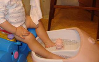 Ребёнок много и часто чихает: причины, что делать, профилактика