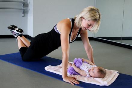 Гимнастика после родов: для сокращения матки, похудения, живота, дыхательная