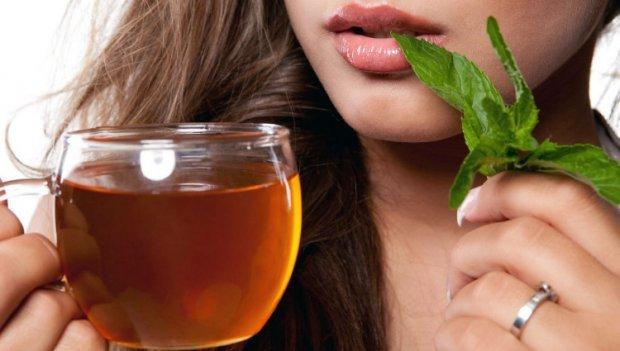 Чай с мятой при беременности: можно или нет{q}