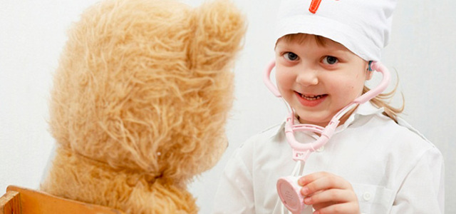 Как играть с ребенком в доктора