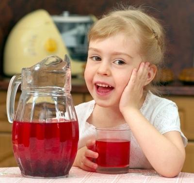 Как готовить сухофрукты для ребенка