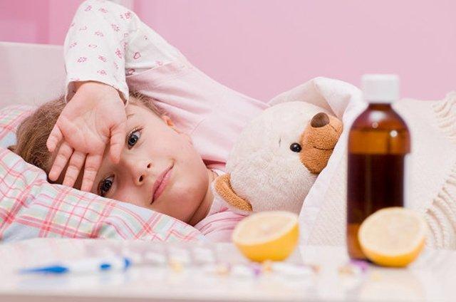 Симптомы лямблий у детей: первые признаки заражения