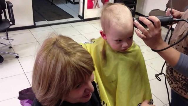 Как подстричь ребенка без слез и истерик