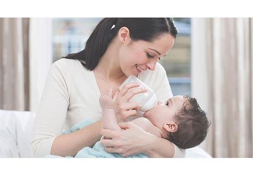 У ребёнка понос с кровью и слизью: причины, первая помощь, лечение