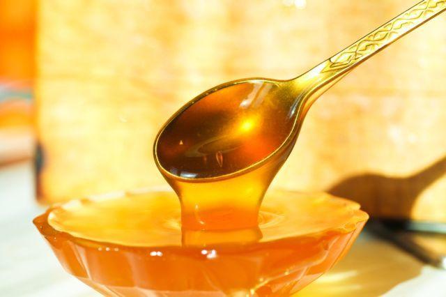 Как лечить геморрой медом в домашних условиях?