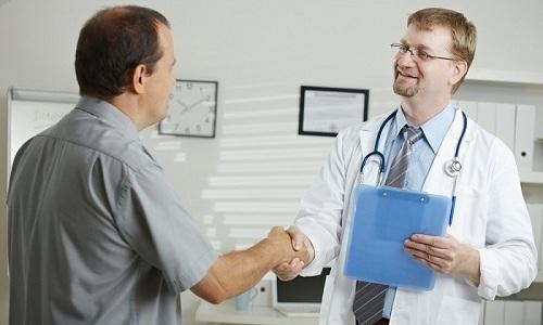 Какой врач лечит геморрой?