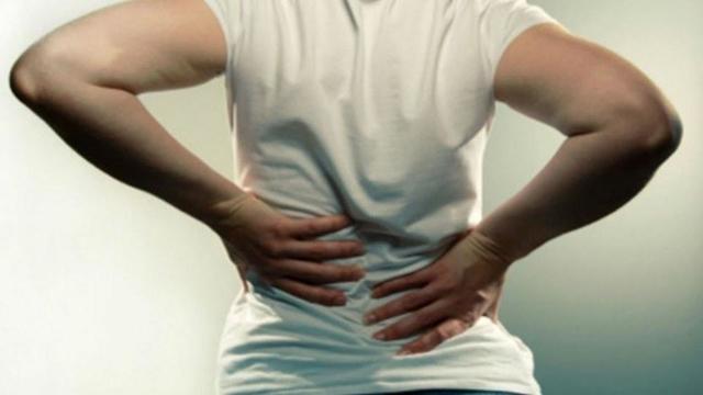 Может ли болеть низ живота от геморроя: причины болей, симптомы и лечение