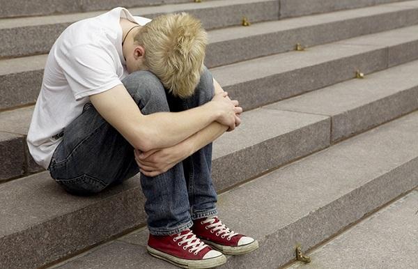 Симптомы геморроя у подростков